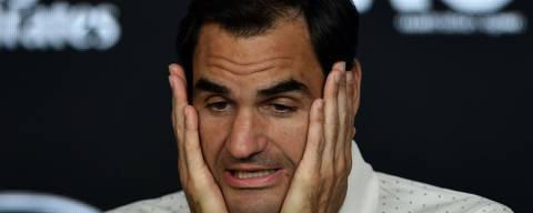 Switzerland's Roger Federer speaks at a press conference ahead of the Australia Open tennis tournament in Melbourne on January 18, 2020. (Photo by Manan VATSYAYANA / various sources / AFP) / --IMAGE RESTRICTED TO EDITORIAL USE - NO COMMERCIAL USE-- ORG XMIT: TENNIS-AUS-OPEN