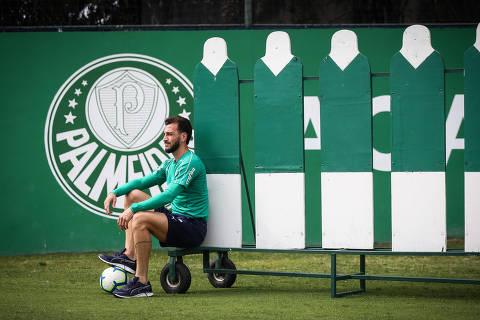 SAO PAULO/ SP, BRASIL, 14-11-2019: Edu Dracena, zagueiro do Palmeiras.   (Foto: Zanone Fraissat/Folhapress, ESPORTE)***EXCLUSIVO****