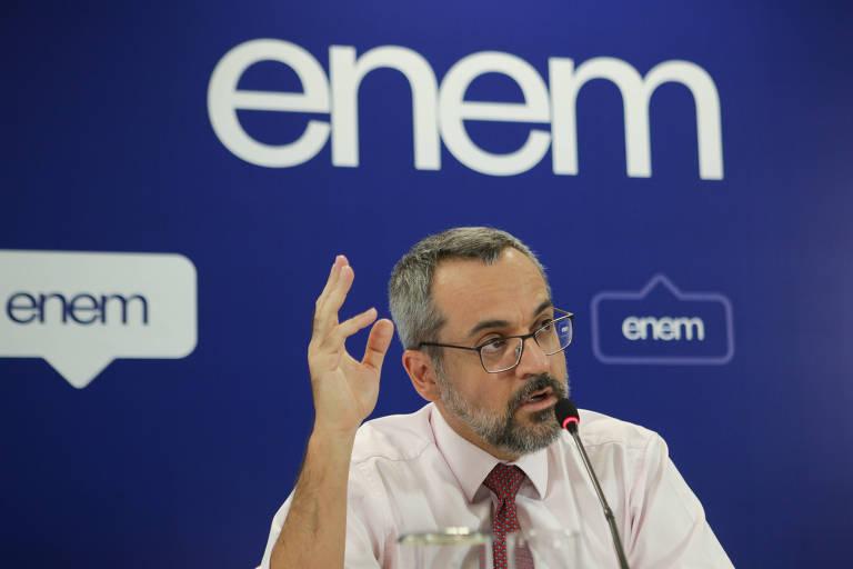 O ministro da Educação, Abraham Weintraub, em entrevista coletiva sobre o Enem
