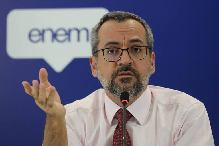 O ministro da Educação Abraham Weintraub durante entrevista coletiva em Brasília sobre o ENEM