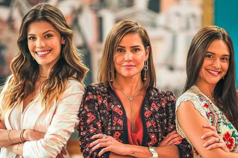 Vitoria Stradda, Deborah Secco e Juliana Paiva