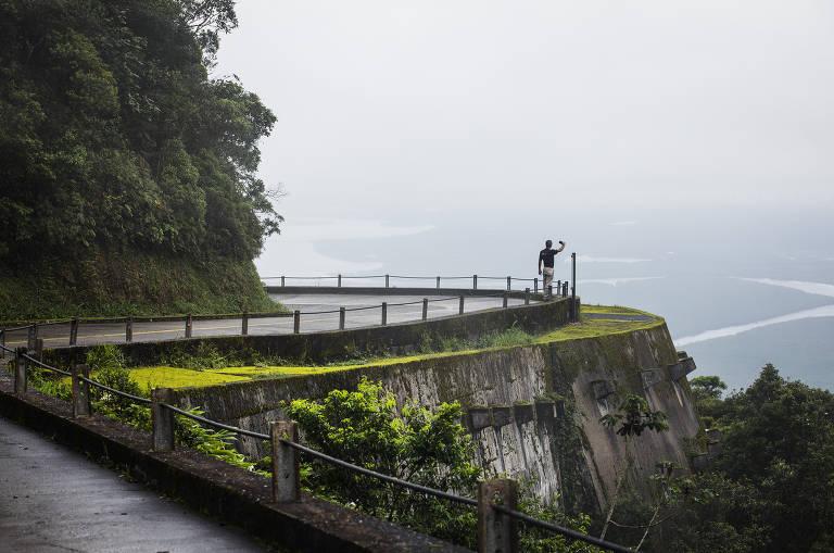 Vistas da trilha Caminhos do Mar
