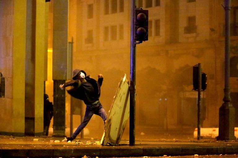 Protestos em Beirute se tornam mais violentos