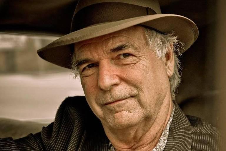 David Charles Olney é um cantor e compositor de folk americano