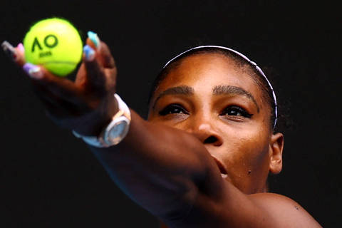Tennis - Australian Open - First Round - Melbourne Park, Melbourne, Australia - January 20, 2020 Serena Williams of the U.S. in action during the match against Russia's Anastasia Potapova REUTERS/Kai Pfaffenbach     TPX IMAGES OF THE DAY ORG XMIT: MB278