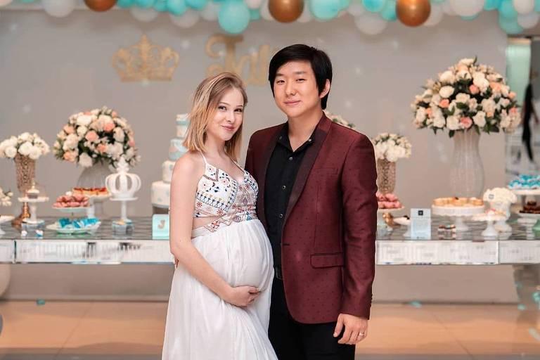 Pyong Lee e a mulher, Sammy, grávida de oito meses