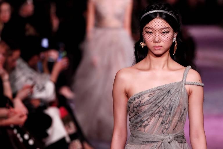 Veja fotos do desfile da Dior desta segunda (20) em Paris