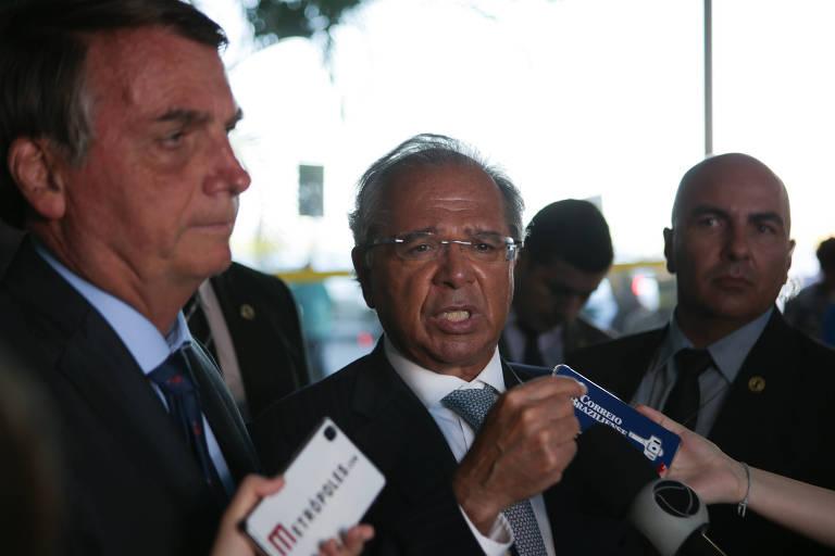 Guedes quer mostrar a investidores em Davos que Brasil tem democracia estável