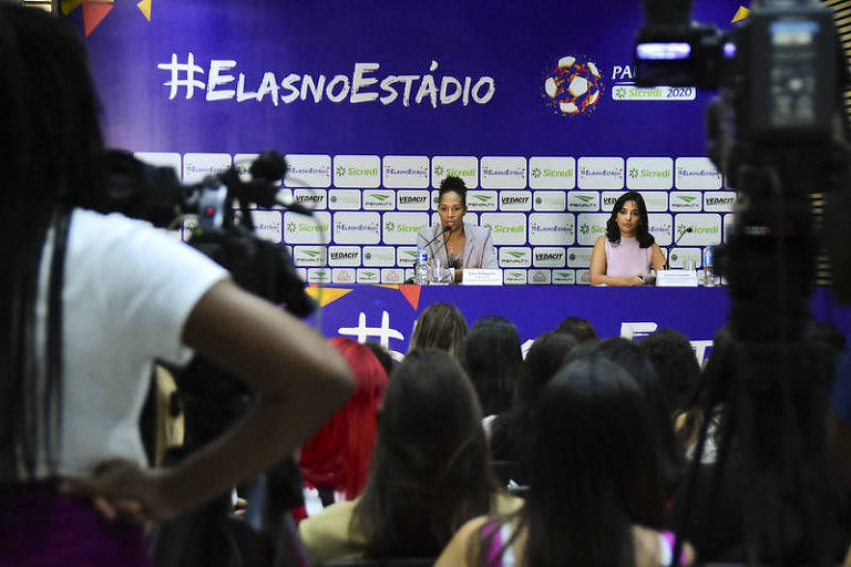Aline Pellegrino e Laura Louzada lança campanha #ElasNoEstádio