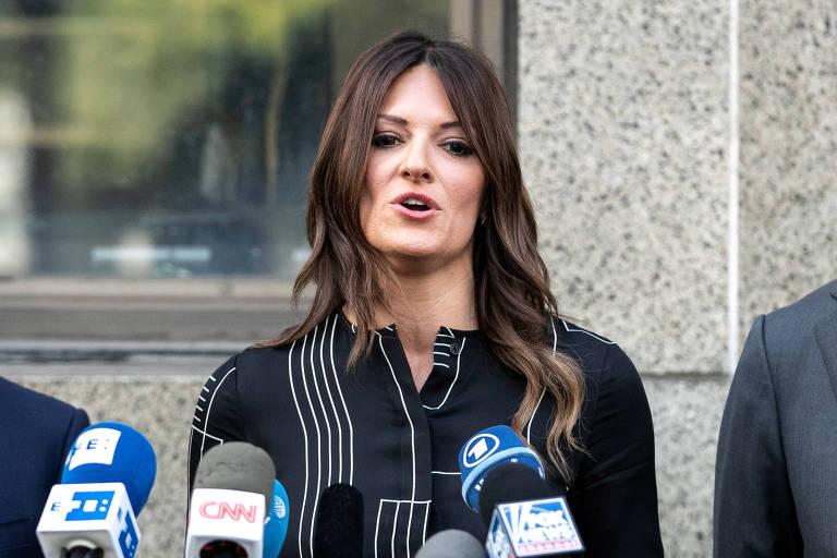 Donna Rotunno fala em defesa de seu cliente, Harvey Weinstein, que é acusado de cometer crimes sexuais