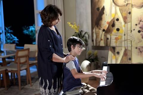 Ruth diz a Bento que independente de seu sobrinho verdadeiro, ela nunca irá abandona-lo