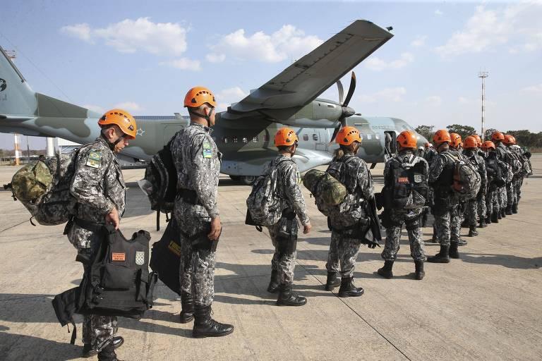 Equipes da Força Nacional convocadas para ajudar no combate ao incêndio na Amazônia em agosto de 2019