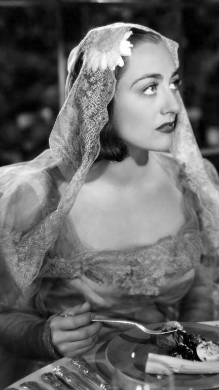 """Joan Crawford em """"Felicidade de Mentira"""" (1937), de Dorothy Arzner"""
