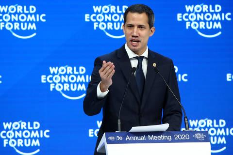 Recebido como presidente em Davos, Guaidó pede ajuda para reintegrar Venezuela ao mundo