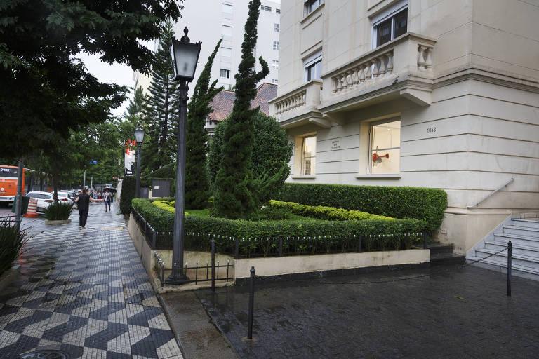 """Como era a cidade de São Paulo na época da novela """"Eramos Seis"""": edifício São Clemente, na av. Angélica, onde ficava a casa da família Lemos, segundo a obra da escritora Maria José Dupré"""