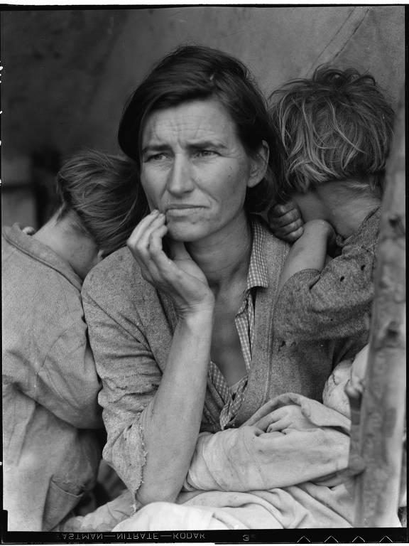 Retrato de Dorothea Lange que compõe a exposição na Fiesp