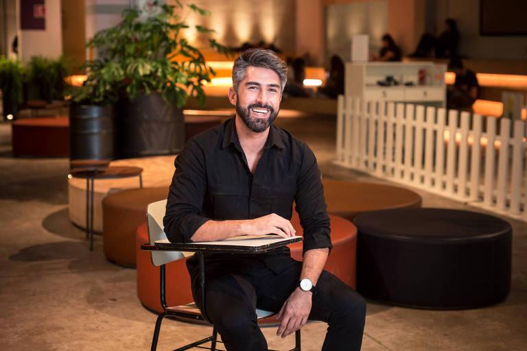 O publicitário Mauro Bello, no Morumbi Shopping, em São Paulo