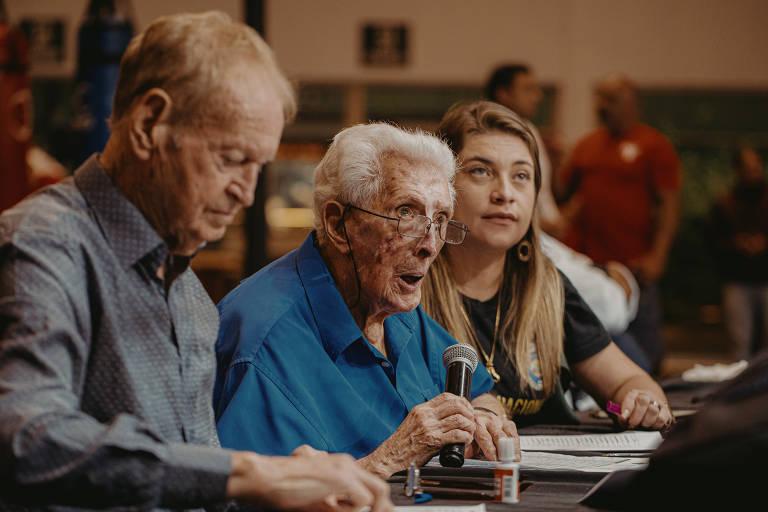 Newton Campos, 94, presidente da Federação Paulista de Boxe, organiza e está presente em todas as lutas do tradicional torneio Forja dos Campeões