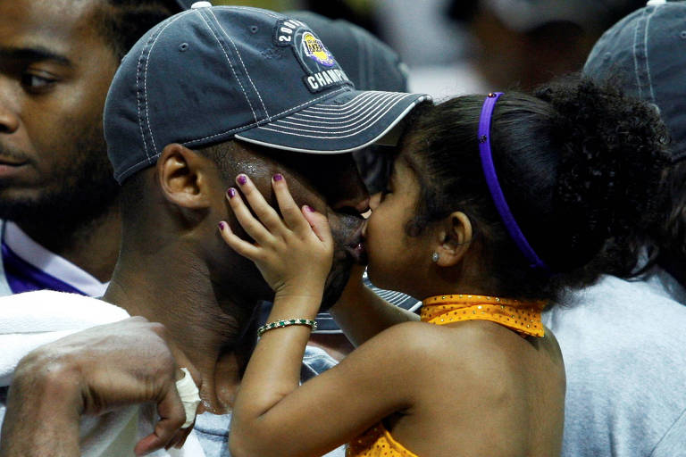 Astro da NBA Kobe Bryant morre aos 41