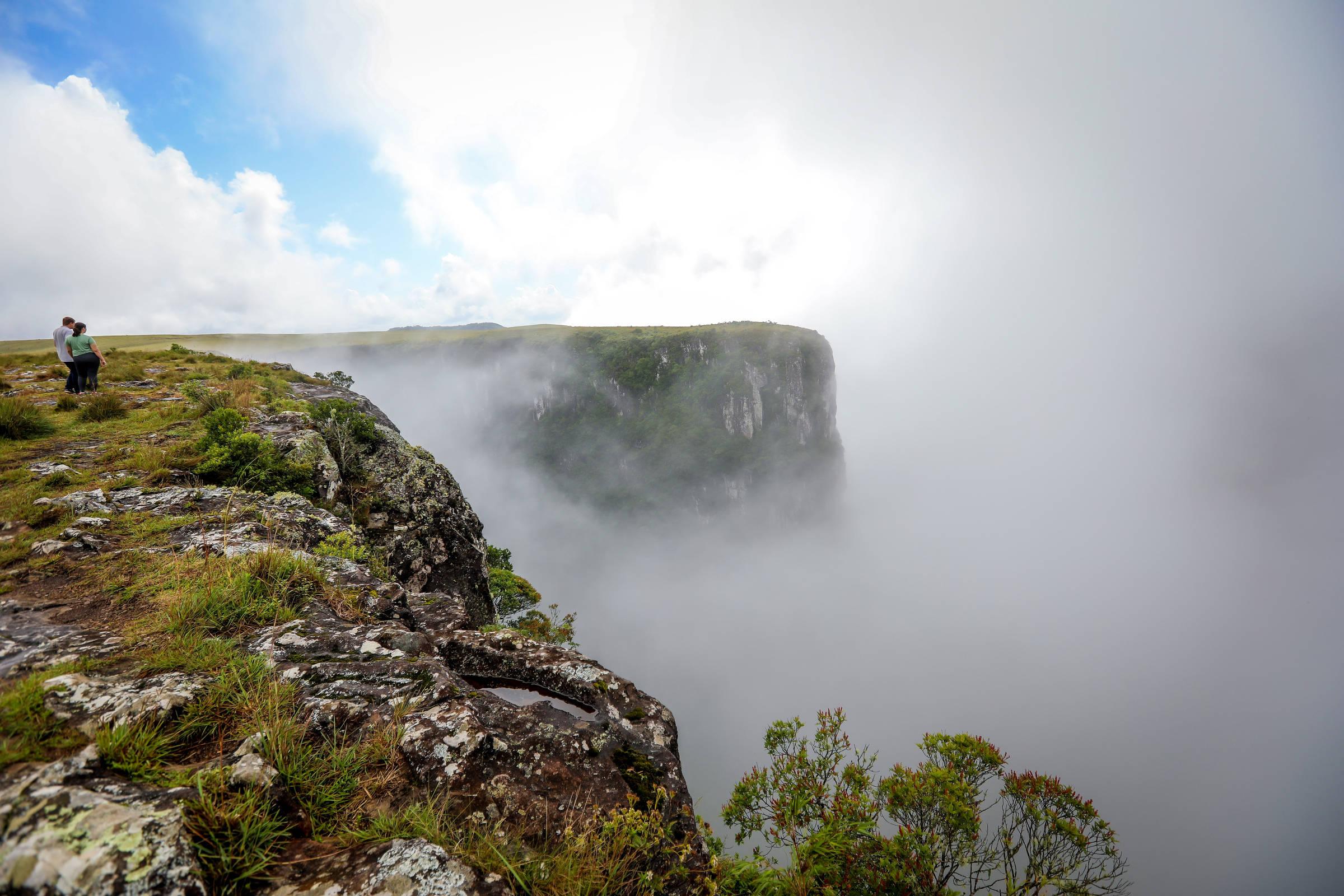 Ministério do Meio Ambiente realiza 1º leilão de parques nacionais com  proposta de R$ 20 milhões - 11/01/2021 - Ambiente - Folha