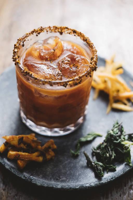 Drinque Kimchi Mary, do Bar do Komah