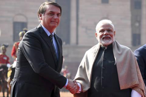 Viagem à Índia faz namoro de Bolsonaro e Modi engrenar