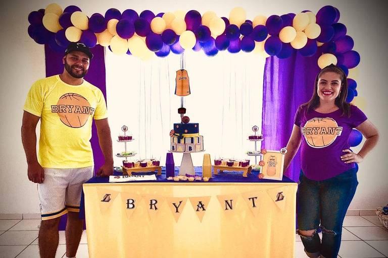 Fã de Kobe Bryant, casal William e Meirianny Souza promove chá de bebê temático e se surpreende após saber da morte do ex-atleta
