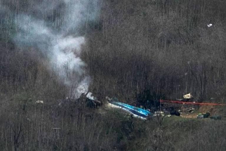 Destroços do helicóptero de Kobe Bryant