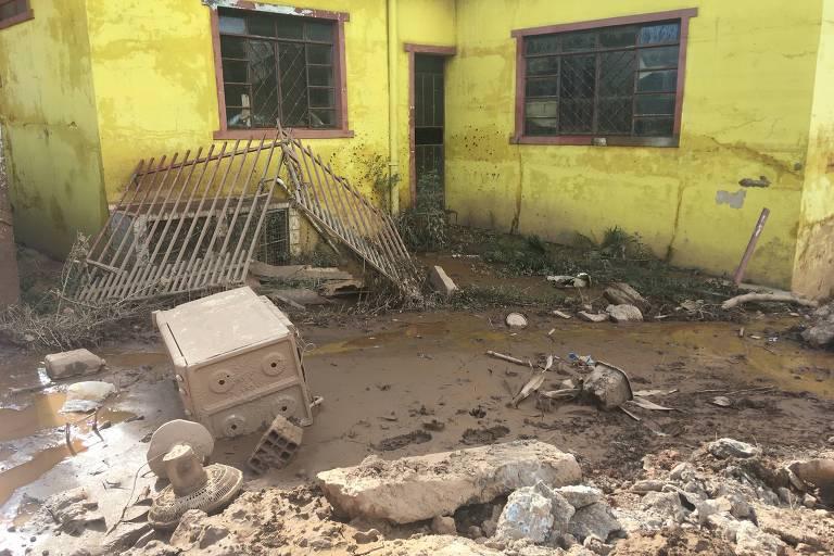 Estrago causado pelas chuvas em Raposos (MG), que teve 70% da cidade atingida