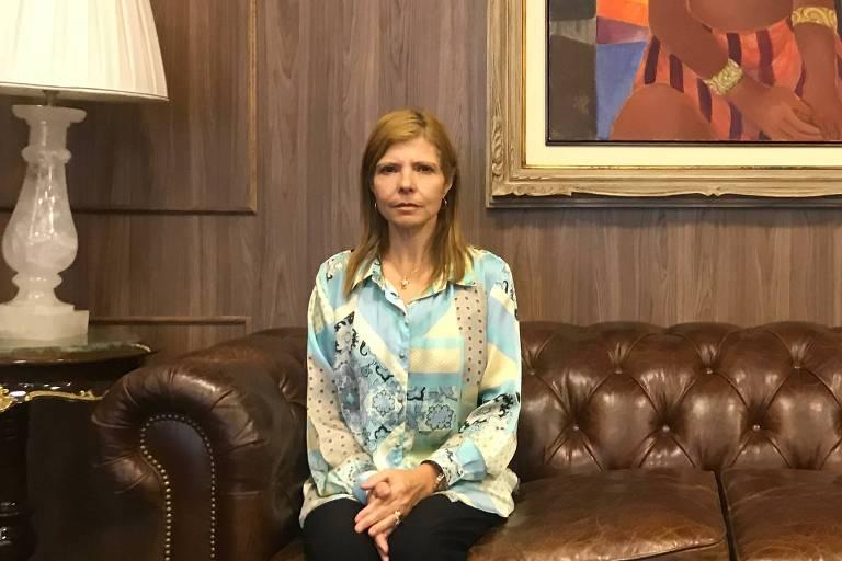 Rose Miriam Souza di Matteo, viúva do Gugu, no escritório de seu advogado Nelson Wilians, em São Paulo