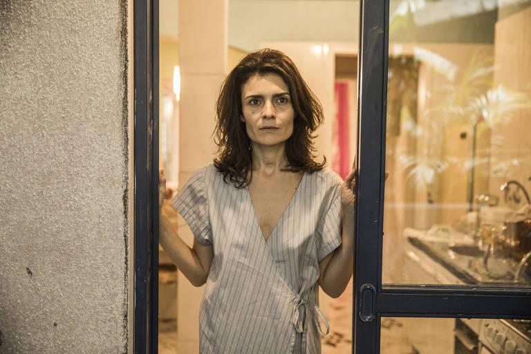 Imagens da atriz Arieta Corrêa