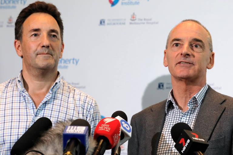 Julian Druce e Mike Catton das instituições australianas responsáveis por criar o coronavírus em laboratório