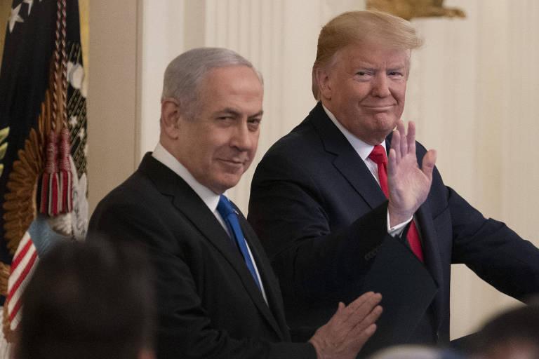 O premiê de Israel, Biyamin Netanyahu, e o presidente dos EUA, Donald Trump, durante anúncio em Washington de plano de paz