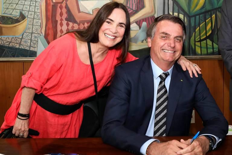 A atriz Regina Duarte com o presidente Jair Bolsonaro