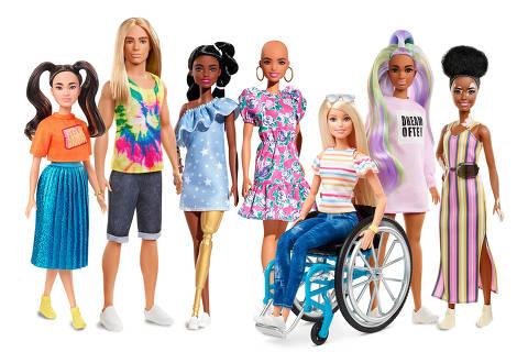 Barbie lança bonecas com vitiligo e careca. A linha Fashionistas, considerada a mais diversa do mercado, amplia seu portfólio