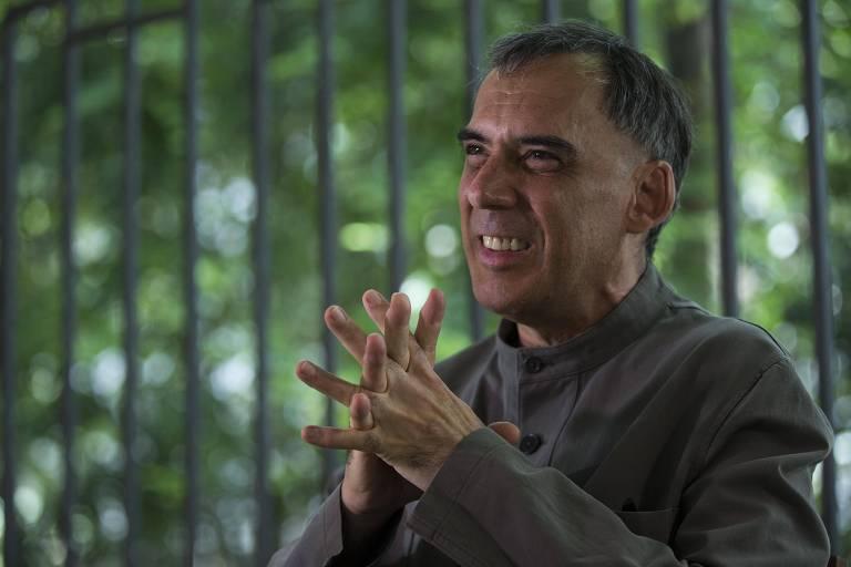 'A humanidade suicida quer acelerar o fim do mundo', diz Arnaldo Antunes