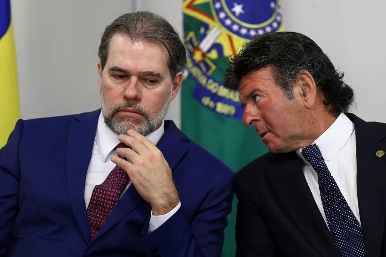 Os ministros Dias Toffoli (esq.) e Luiz Fux (dir.)