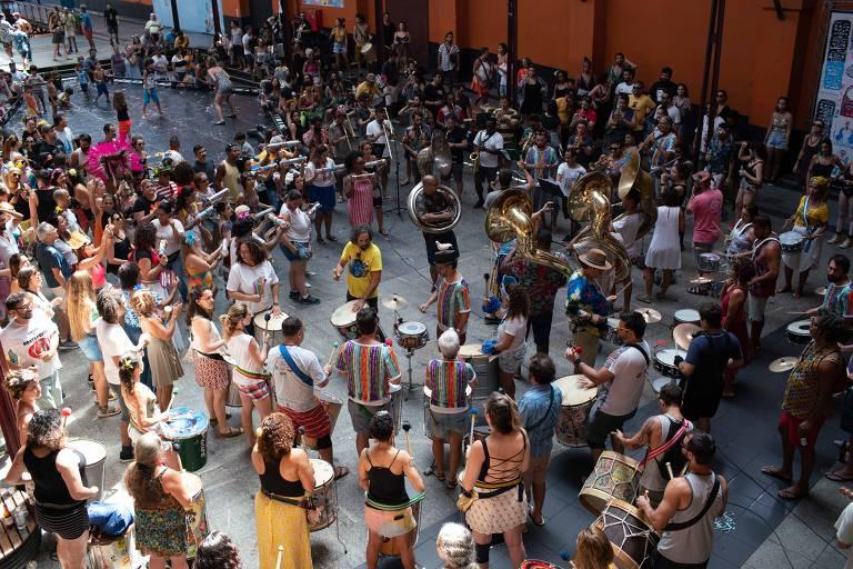 Blocos já fazem esquenta com ensaios no Rio