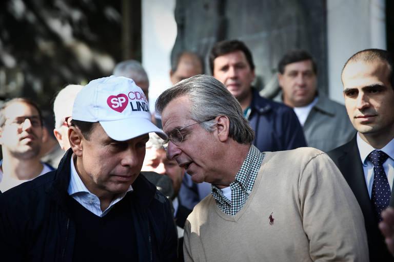 Andrea Matarazzo (PSD) e o então prefeito João Doria, em 2017