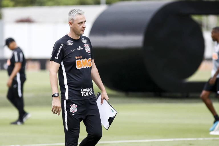 Em pouco tempo, Tiago Nunes conseguiu fazer o Corinthians jogar, com Cantillo, Camacho e Boselli se destacando em campo