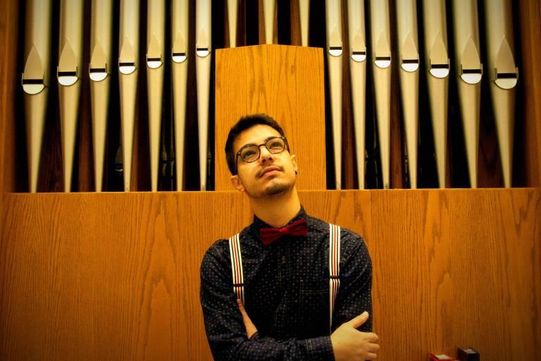 O músico Hudson Lourenço, que é voluntário na campanha de Pete Buttigieg