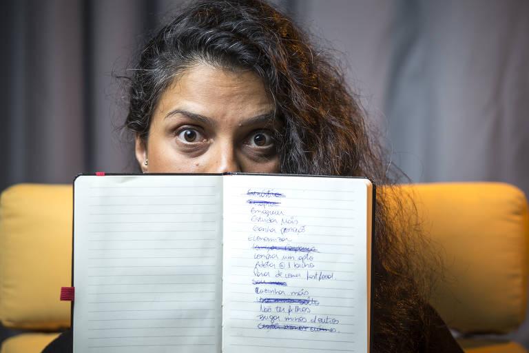 Analista de negociações imobiliárias Juliana Lima da Costa, 38. juliana acredita que os problemas financeiros são o maior entrave para cumprir novas metas
