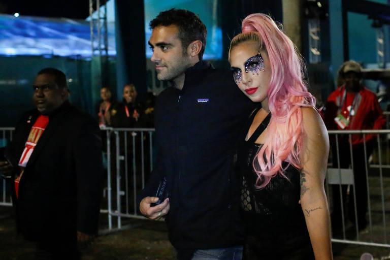 Lady Gaga com o namorado Michael Polansky