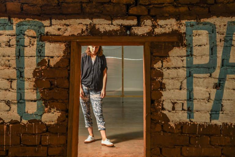 Jardim hidropônico e muros de adobe compõem primeira mostra da 34ª Bienal de São Paulo