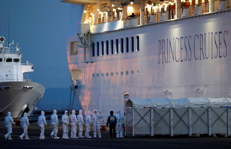 Quarentena em navios por causa do coronavírus