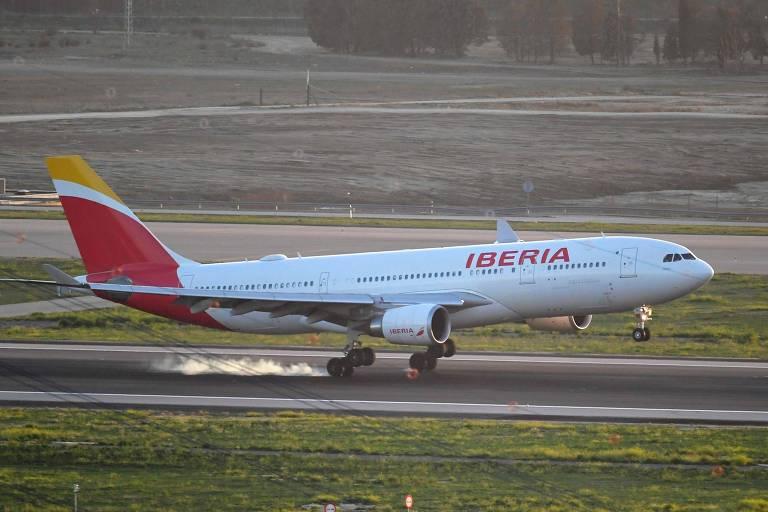 Avião da companhia aérea espanhola Iberia