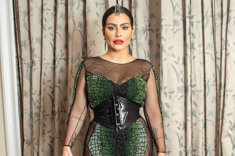 Não vou falar mal de colega, diz Cleo Pires sobre Regina Duarte