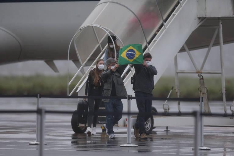 Brasileiros trazidos do epicentro do coronavírus na China chegam a Goiás