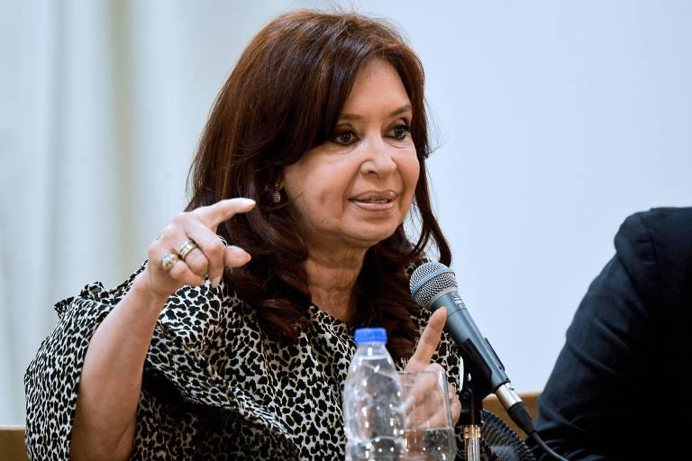 Argentina não pagará FMI enquanto durar recessão, diz Cristina Kirchner