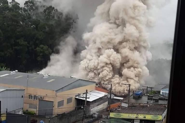 Castello Branco é fechada por causa de incêndio em empresa de produtos tóxicos
